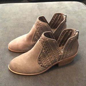 Vince Camuto Booties. Size 4.5